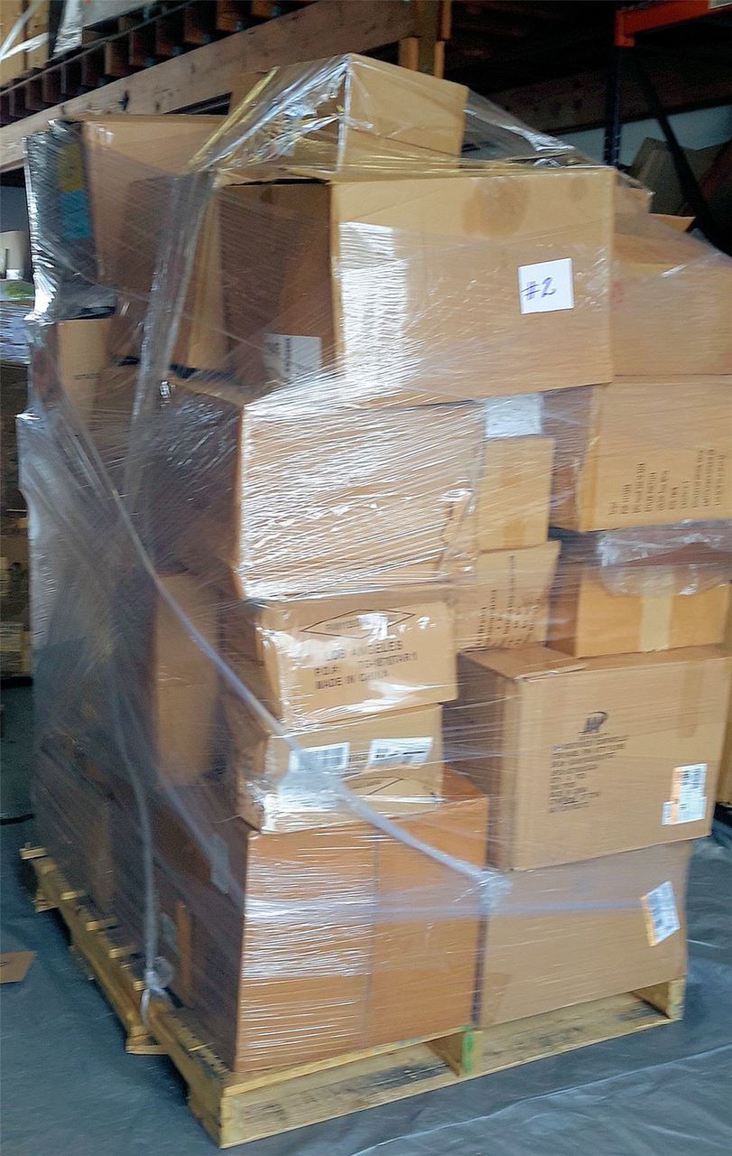Wholesale MANIFESTED Pallet of Overstock Bedding Throws PILLOWs Home Decor #2