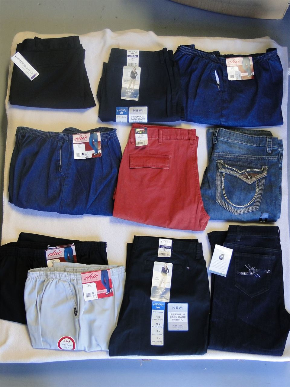 ''Wholesale Lot Of Assorted Brand New Women's CLOTHING, 100 PCS''