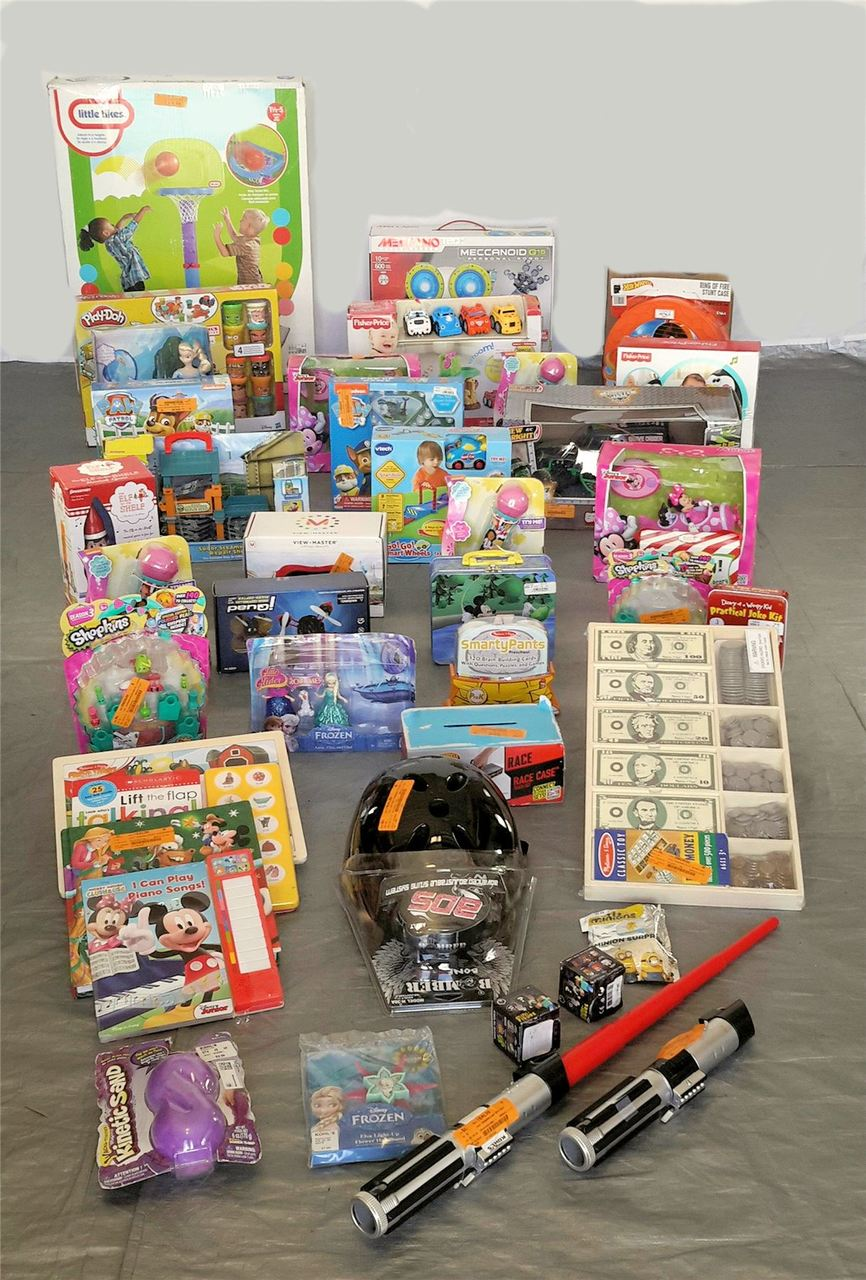 Wholesale Lot Kids Manifested Tested TOYS & Collectibles 41 items! Lot #30