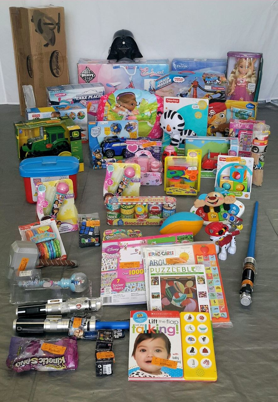 Wholesale Lot Kids Manifested Tested TOYS & Collectibles 42 items! Lot #29